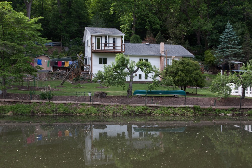 Nice little house by the canal